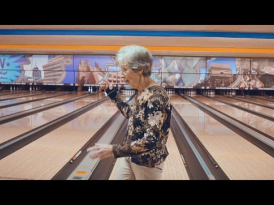 Hardee's Film Ad - Tastes Like America