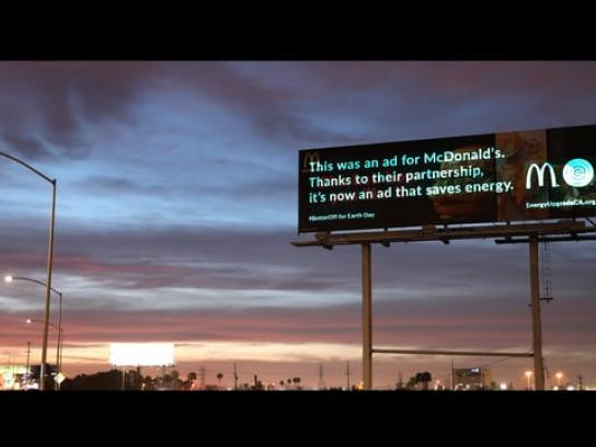 Energy Upgrade California Outdoor Ad - #BetterOff Billboard Time-lapse