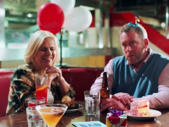 TGI Fridays Film Ad - TGI Friday's Fridarian Launch - Date Night