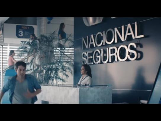 Nacional Seguros Film Ad - Balcony