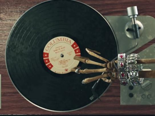 Gayubo Film Ad - Classics Never Die - Vinyl