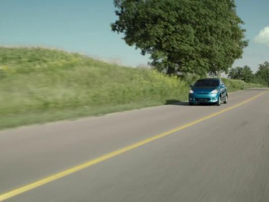 Mitsubishi Film Ad -  Commute