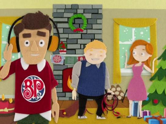 Boston Pizza Film Ad -  Festive Fakery, 3