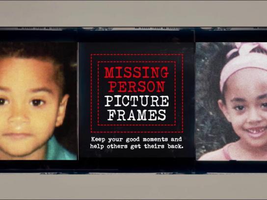 Mães da Sé Ambient Ad -  Missing Person Picture Frames