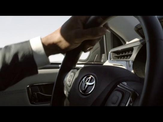 Toyota Film Ad -  Getaway