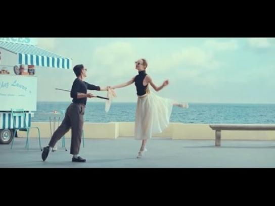 Fondation Visio Film Ad - Dancing Romance