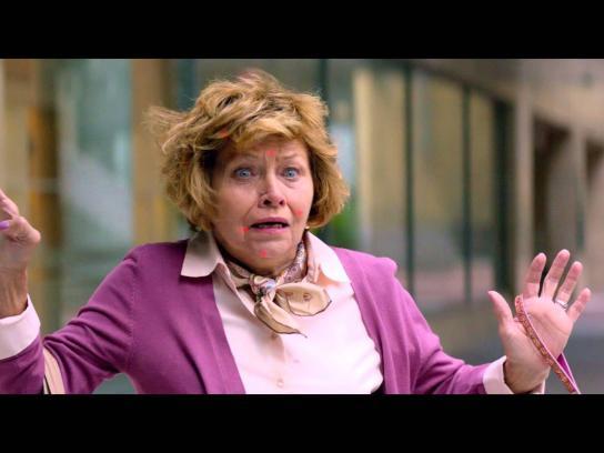 OUIBUS Film Ad -  Sneeze