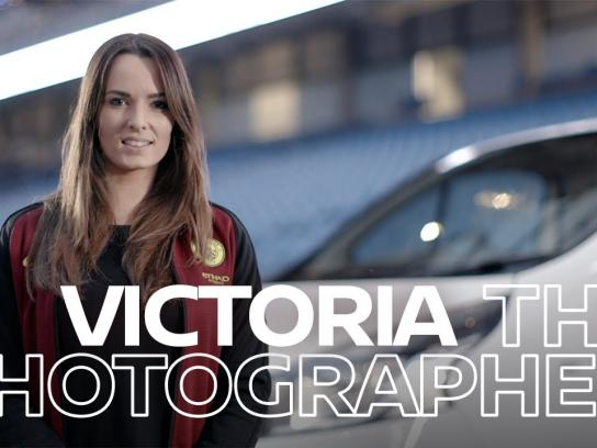 Nissan Film Ad - Victoria the Photographer - People Raising the Game with Nissan NV300