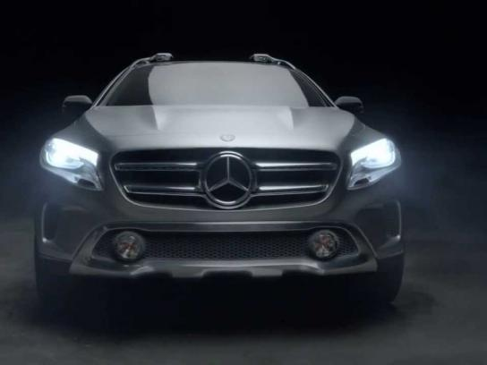 Mercedes Film Ad -  Le Monolith