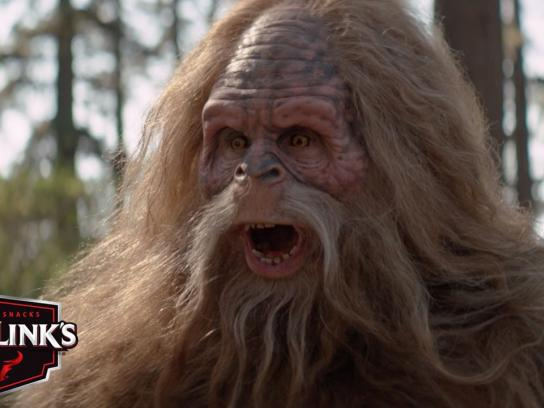 Jack Link's Film Ad -  Messin' with Sasquatch - Fling it