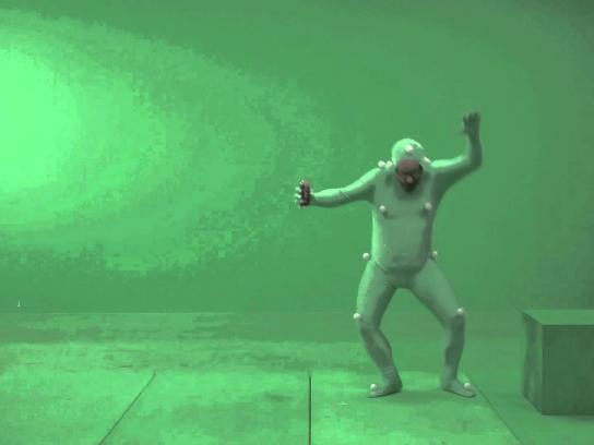 True Fruits Film Ad -  The Green Screen Prank, Surfer