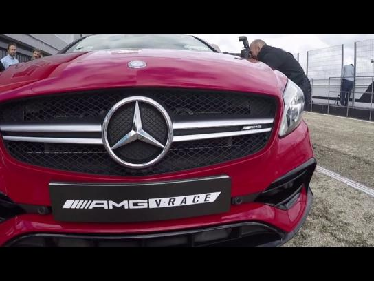 Mercedes Experiential Ad - AMG VRace Madrid