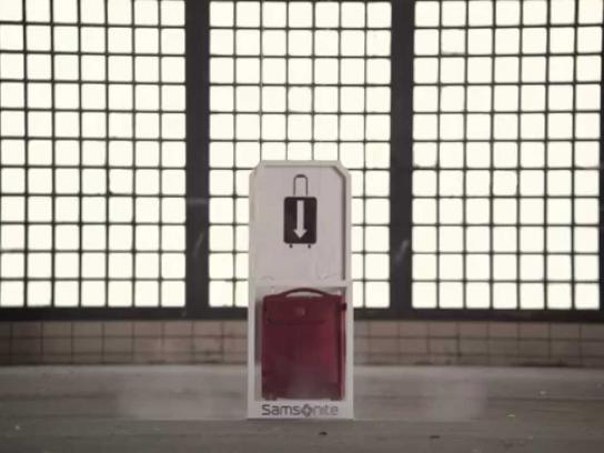 Samsonite Digital Ad -  Samsonite VS Small Spaces