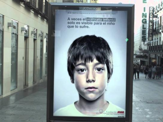 Fundación ANAR Outdoor Ad -  Only for Children
