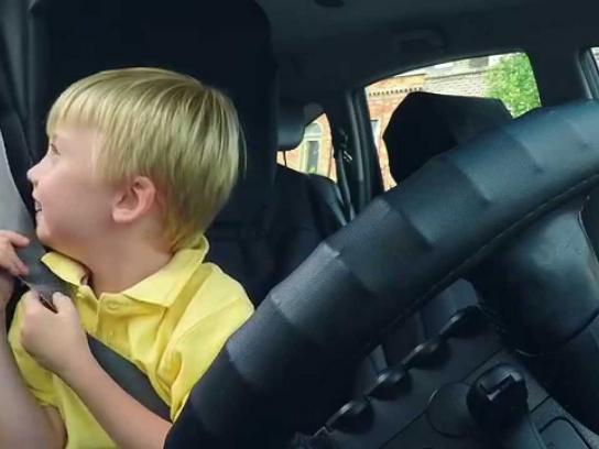 Hailo Digital Ad -  3 year old taxi driver