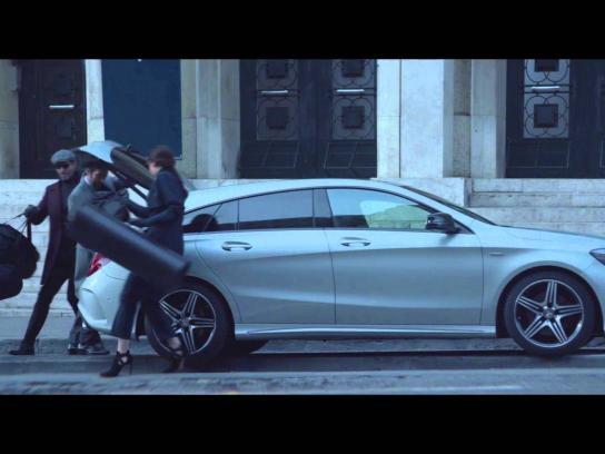 Mercedes Film Ad -  The investigation