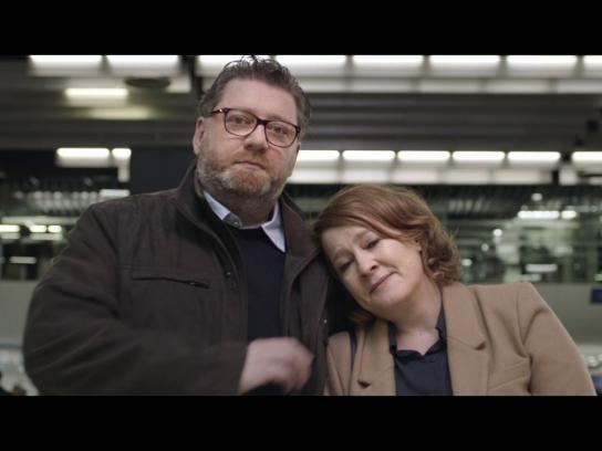 HOP! Air France Film Ad - Run to Mum