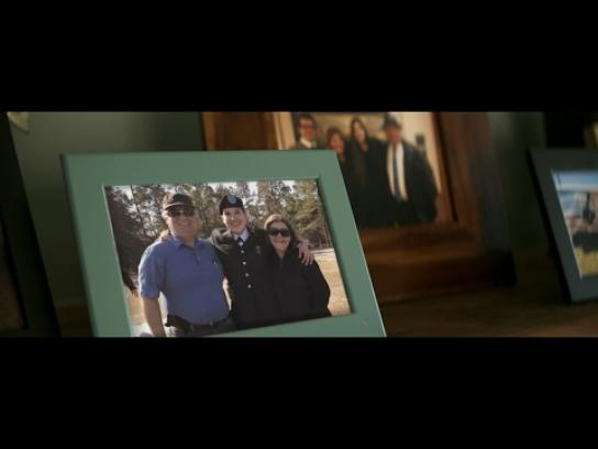 Minute Maid Film Ad - Reverse Care Package from Boot Camp