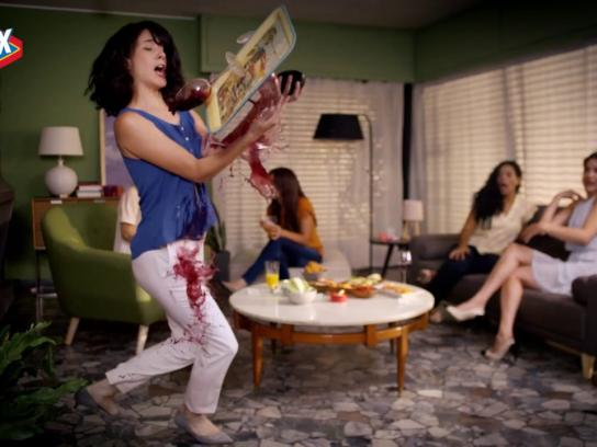 Clorox Film Ad - Shine On, Klutzes