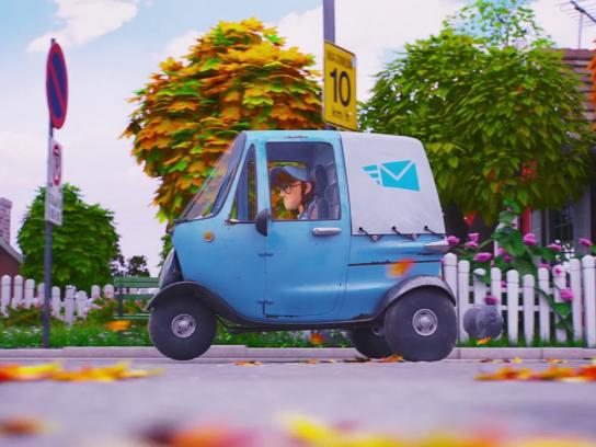 Renault Film Ad - The Postman