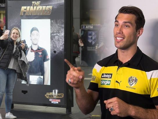 AFL Experiential Ad - AFL's star players surprise Australians with live streaming stunt