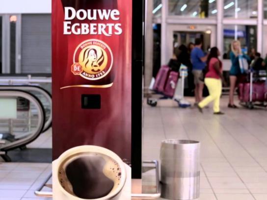 Douwe Egberts Ambient Ad -  Bye Bye Red Eye