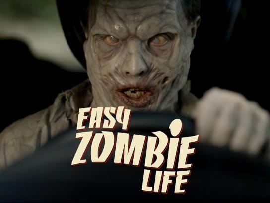 """Renault Film Ad - Easy """"Zombie"""" Life"""