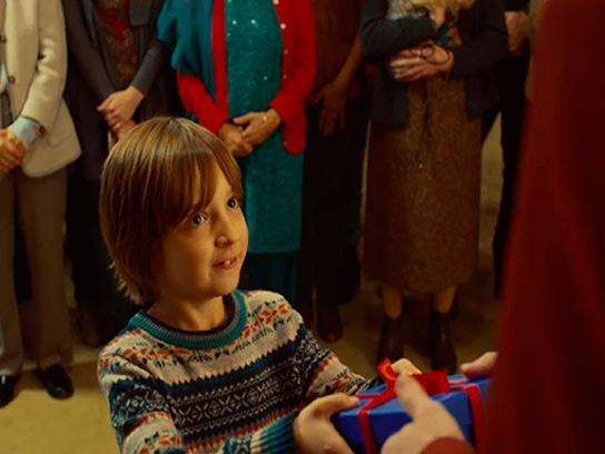 Samsung Film Ad - Giving is a gift to be shared