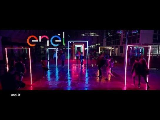 Enel Film Ad - Door