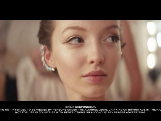 Moët & Chandon Film Ad - Must Be