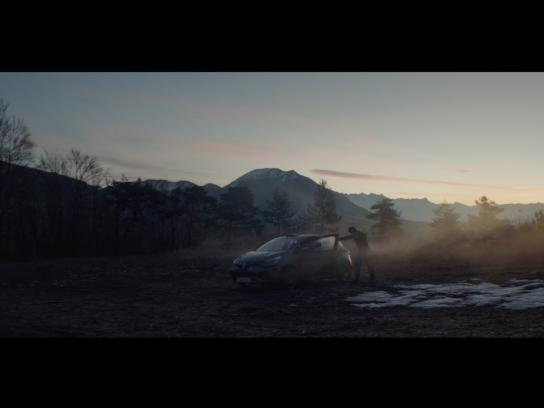 Renault Film Ad - #EnterTheZone