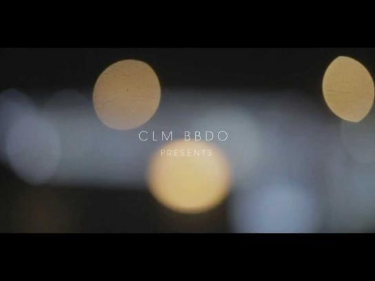 CLM BBDO Digital Ad -  The greeting graffiti card