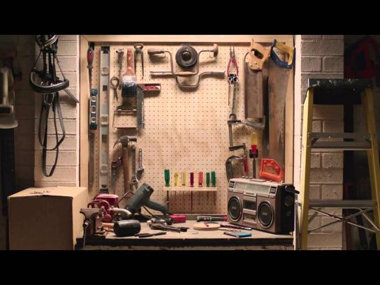 ALDI Film Ad -  Hole in your life - DIY