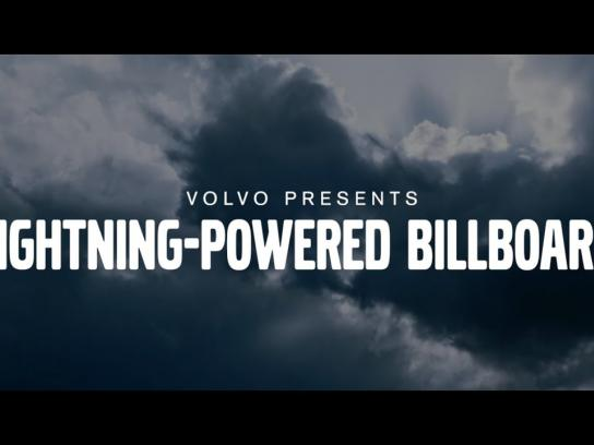 Volvo Outdoor Ad - Lightning-Powered Billboard #PurePower