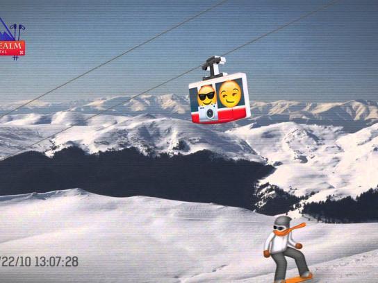 Ditzo Digital Ad -  Snowboarder headbutts camera