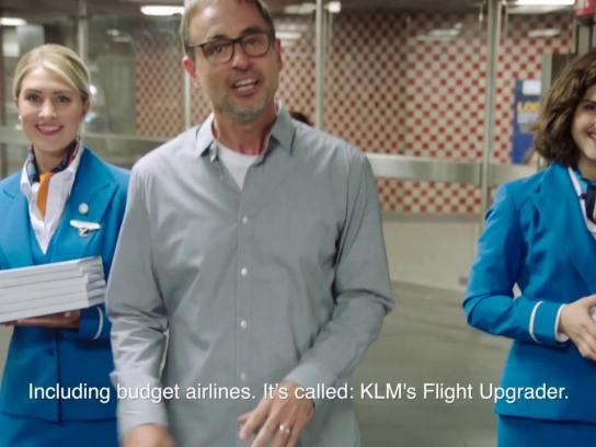KLM Experiential Ad - KLM Flight Upgrader