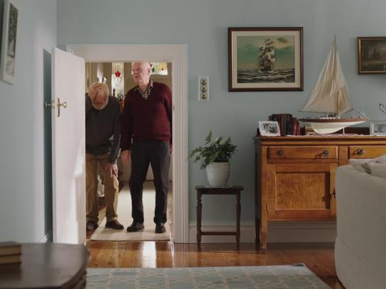 ALDI Film Ad - Door Frame