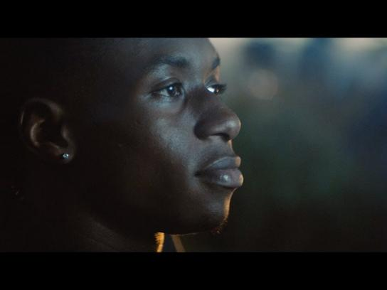 BMW Film Ad - The BMW Road Home: Mother and Son