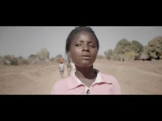 WaterAid Film Ad -  Claudia sings sunshine on a rainy day
