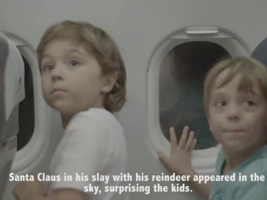 Latam Experiential Ad - Christmas flight
