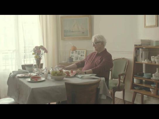 Harmonie Mutuelle Film Ad -  Tuileries