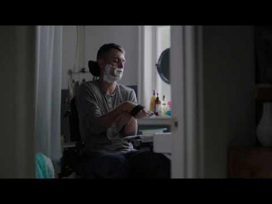 Societe de l'assurance automobile du Quebec Film Ad - Shaving
