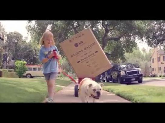 hhgregg Film Ad -  Happy Home, Boxes