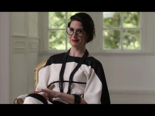 Turismo de Portugal Film Ad -  The woman who chose too much