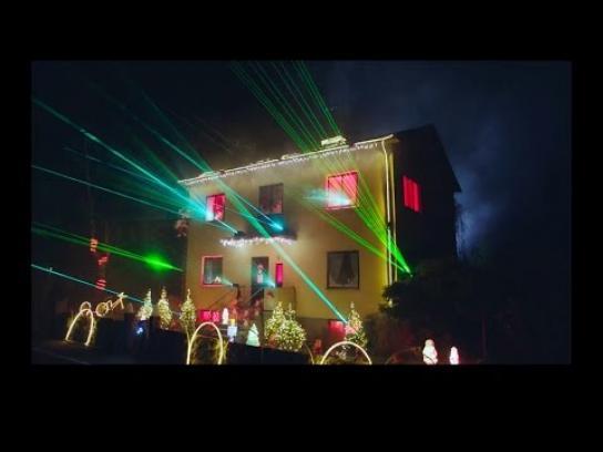 E.ON Film Ad -  The solar Christmas experience