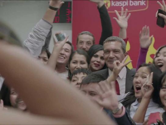 Kaspi Bank Film Ad -  Antonio Banderas, bank manager