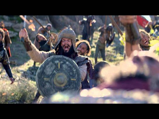 CanalSat Film Ad -  The battle