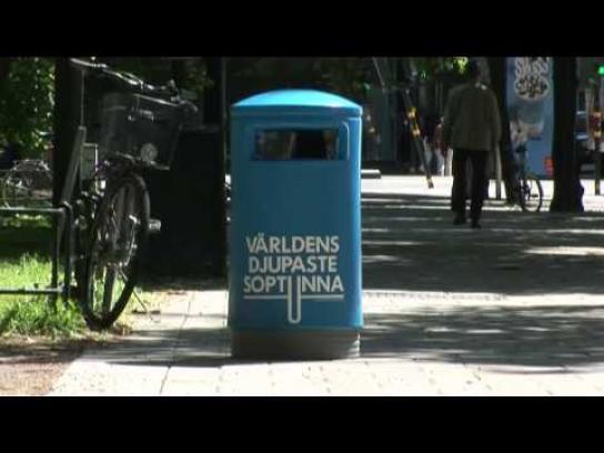 Volkswagen Ambient Ad -  Trash bin
