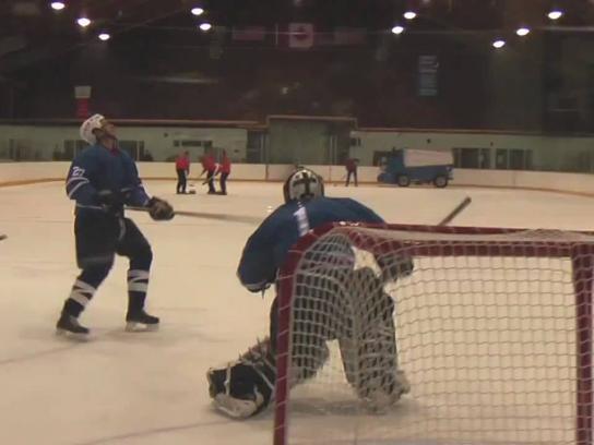 Samsung Digital Ad -  Hardest hockey shot ever