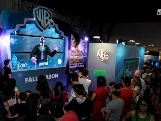 Warner Ambient Ad -  Warner Argentina Comic-Con November 2015